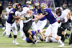 Amarillo Tascosa's Parker Settle (37) runs against the Midland High defense Oct. 12, 2018, at Grande Communications Stadium. James Durbin/Reporter-Telegram