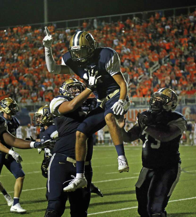 O'Connor Sam Castillo celebrates his TD reception to put O'Connor ahead at end of half 17-14. Brandeis vs. O'Connor on Friday, October 12, 2018 at Farris Athletic Complex. Photo: Ronald Cortes/Contributor / 2018 Ronald Cortes