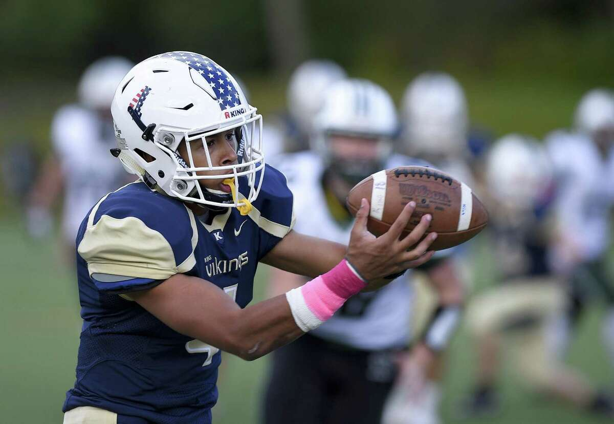 King's Justin Torres-West makes the game winning fourth quarter reception against Hamdem Hall in a football game at King School in Stamford, Conn., Saturday, Oct. 13, 2018.