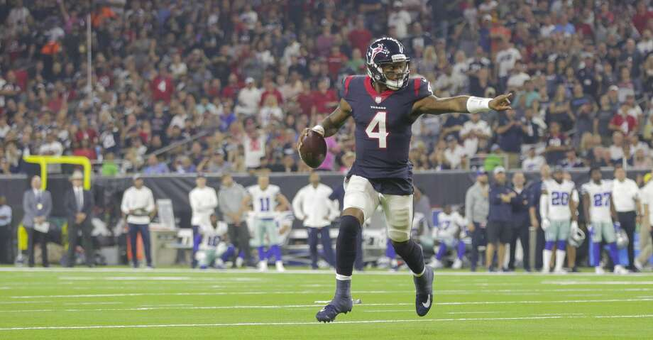 Houston Texans quarterback Deshaun Watson (4) runs towards the end zone during the second quarter of an NFL football game at NRG Stadium on Sunday, Oct. 7, 2018, in Houston. Photo: Elizabeth Conley/Staff Photographer