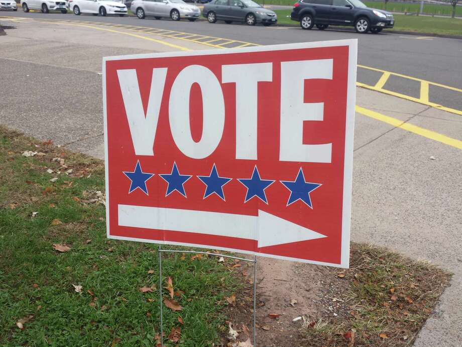 Middletown voters went to the polls Tuesday to vote on Board of Education and Planning and Zoning candidates, as well as the new middle school referendum. Photo: File Photo