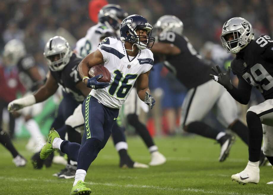 Live Seattle Seahawks Take On Oakland Raiders In London Seattlepi Com