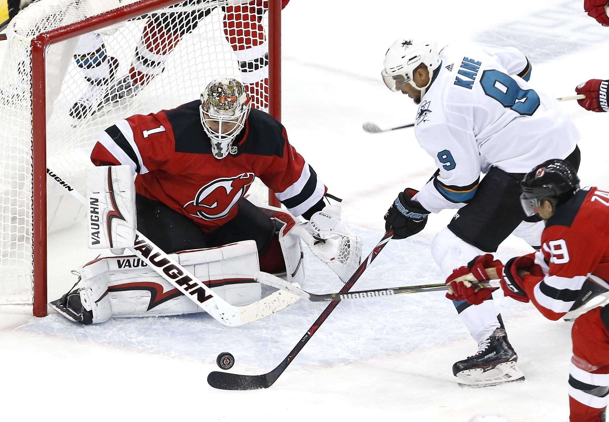 Sharks let another lead slip away, lose to Devils - SFGate