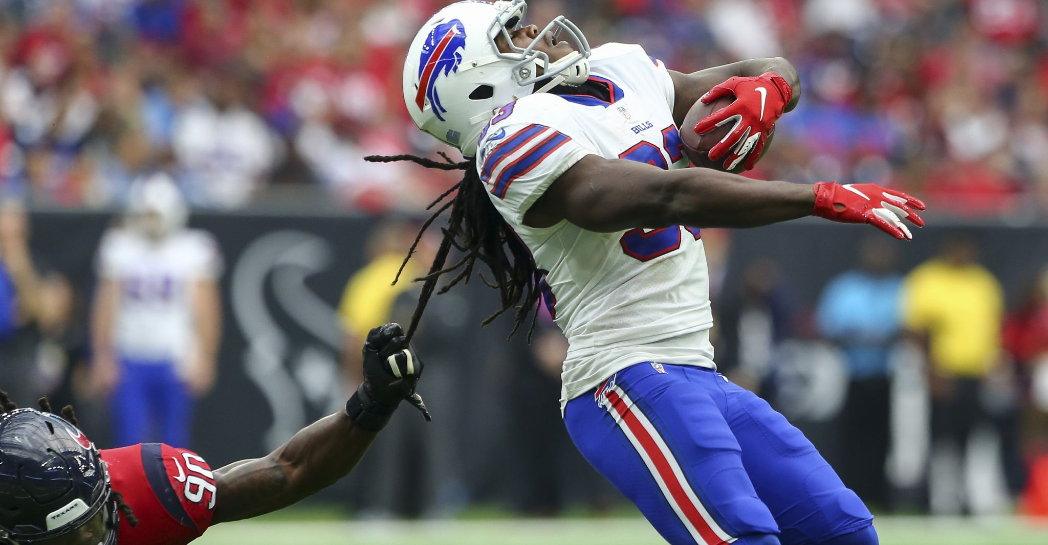 Texans' Jadeveon Clowney tackles Chris Ivory by his hair, later ...