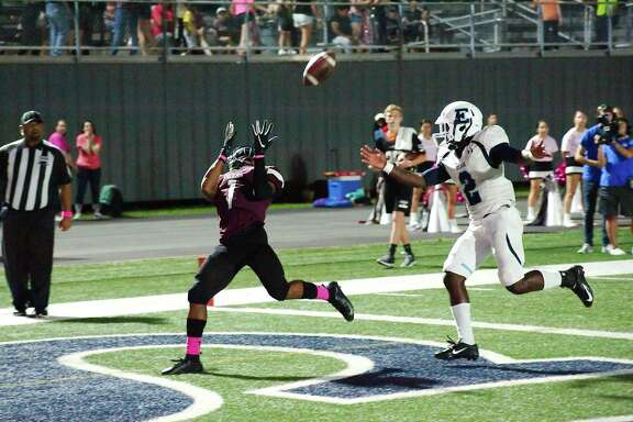 Pearland's Jaden Piece (1) prepares to pull in a pass for a touchdown against Alief Elsik this past Friday at The Rig.