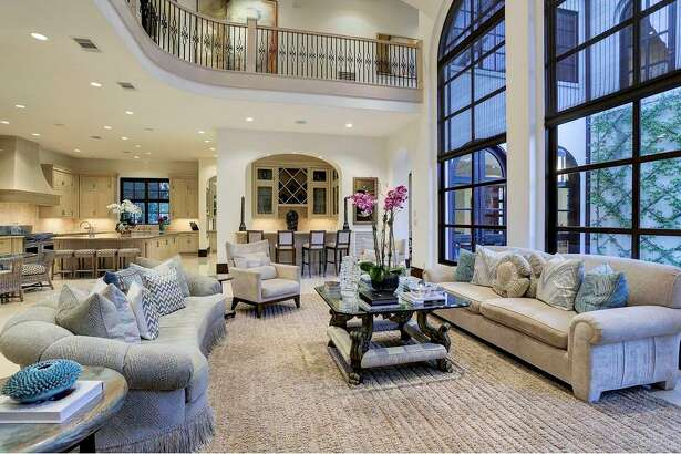 8. $6,395,0003465 Overbrook, Houston, 77027River Oaks9,770 sq. ft.Built in 2009John Daugherty, REALTORS - Dianne McDonough