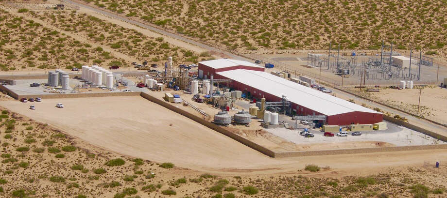 An aerial view of Enviro Water Minerals' Full Recovery Desalination Plant, which is adjacent to the Kay Bailey Hutchison Desalination Plant in El Paso. The company is developing a pilot project to take produced water from Permian Basin oil fields, extract the minerals for commercial markets, return the crude to producers and sell the remaining, now potable water, to municipalities or other entities. Photo:  Courtesy Of Enviro Water Minerals