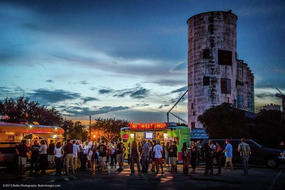 The Katy ISD Education Foundation announces the return of its annual Fireflies & Foodtrucks fundraising event on Thursday, October 17, 6 - 9 p.m. at Katy's No Label Brewery. Admission for the event is $50 per person, paid in advance, and covers food and beverage costs. For an additional $25 per person, guests can also purchase exclusive VIP Bar Experience tickets featuring access to exclusive No Label brews. Returning as features are The Earl Sanders Jr. Band, wine garden area, variety of food trucks and valet parking. The event will benefit the foundation and its Inspiring Imagination teacher grant program. Visit https://tinyurl.com/firefliesfoodtrucks19 or ww.katyisdeducationfoundation.org to register and for information. Photo: Sandy Buller / Katy ISD Education Foundation / Buller Photography