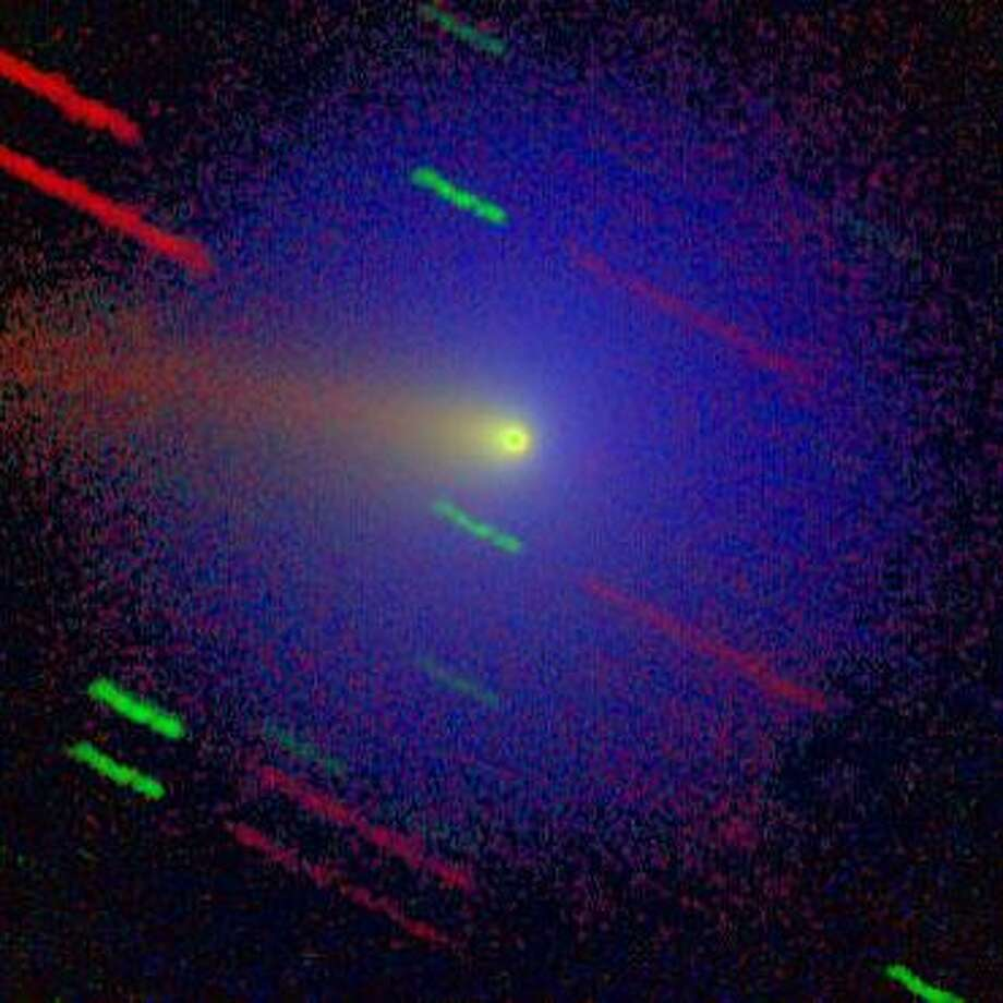 Comet Wirtanen shows up in this three-color image from an earlier pass by the sun in 2012. Photo: Max Planck Institute For Astronomy