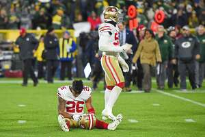 GREEN BAY, WI - OCTOBER 15:  Greg Mabin #26 of the San Francisco 49ers reacts after a game winning field goal kick by Mason Crosby #2 of the Green Bay Packers as time expired at Lambeau Field on October 15, 2018 in Green Bay, Wisconsin.  (Photo by Stacy Revere/Getty Images)