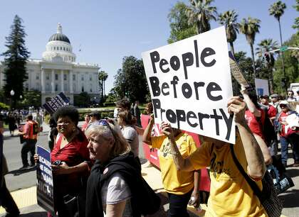 California gets its first statewide rent control, eviction protections
