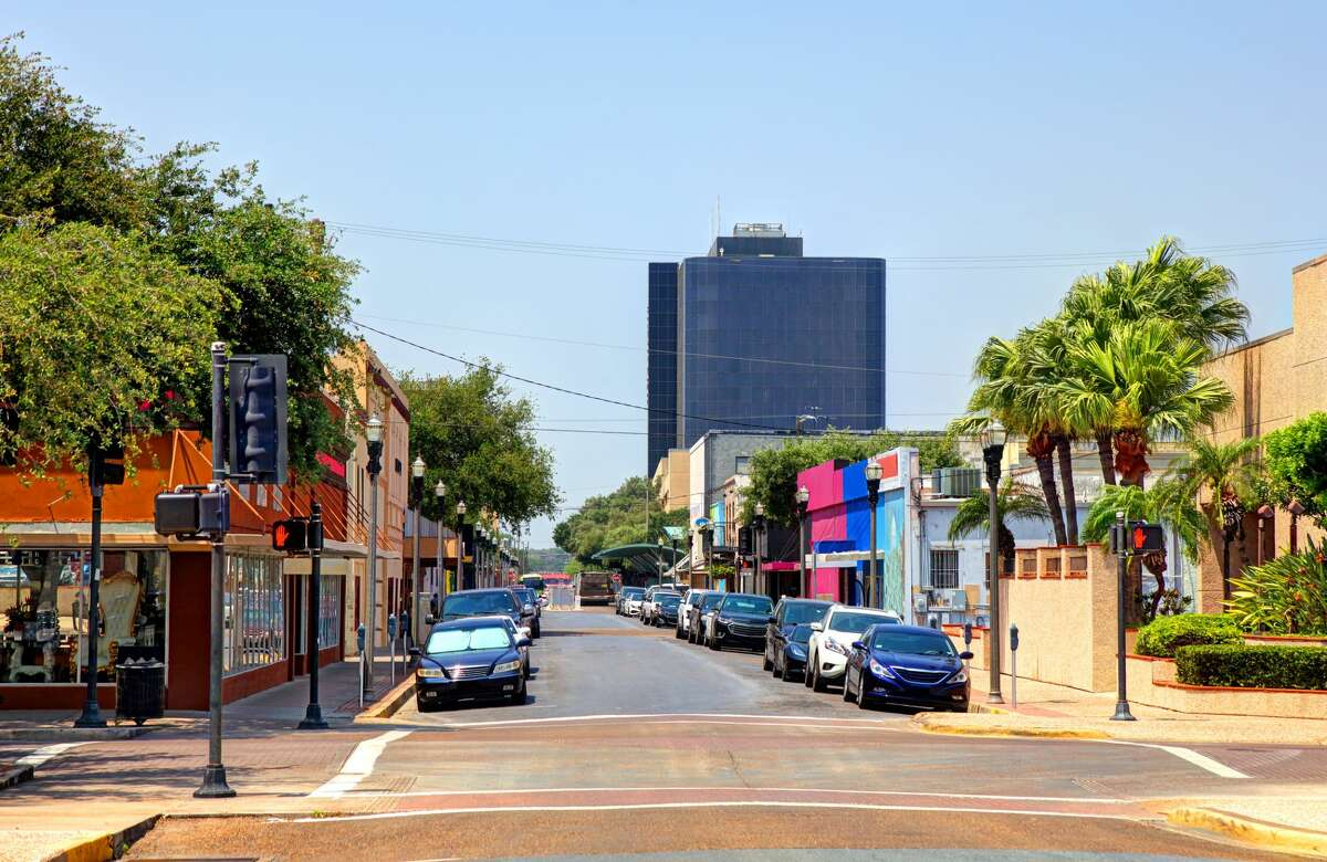 28. McAllen, TX Overall score: 6.8  Housing affordability: 8.1  Healthcare: 4.9