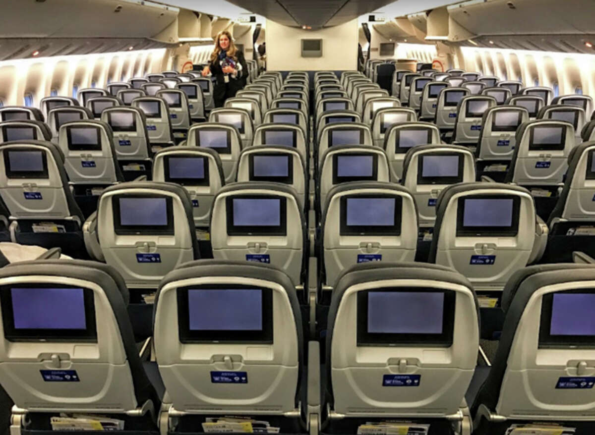 United 777-300ER with 10-abreast economy class seating