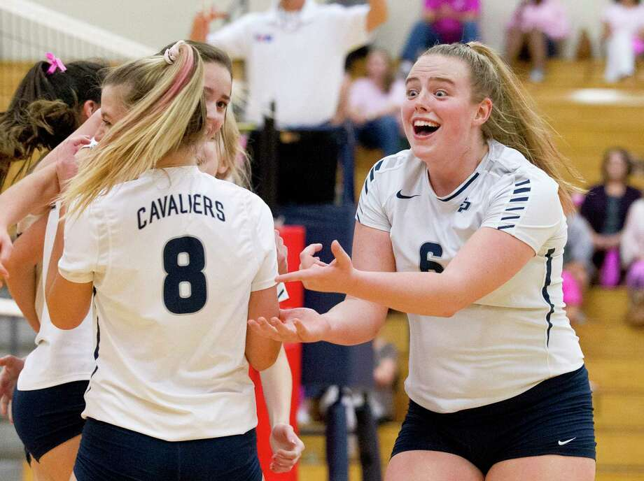 College Park's Annie Cooke (6) reacts toward Caley Caffey (8) after a point scored last season. Photo: Jason Fochtman, Houston Chronicle / Staff Photographer / © 2018 Houston Chronicle