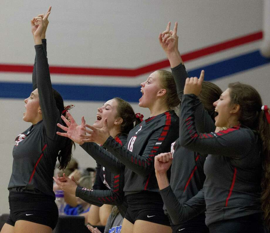 The Oak Ridge Lady War Eagles improved to 10-4 in District 15-6A after a sweep of Klein Cain Tuesday night. Photo: Jason Fochtman, Houston Chronicle / Staff Photographer / © 2018 Houston Chronicle