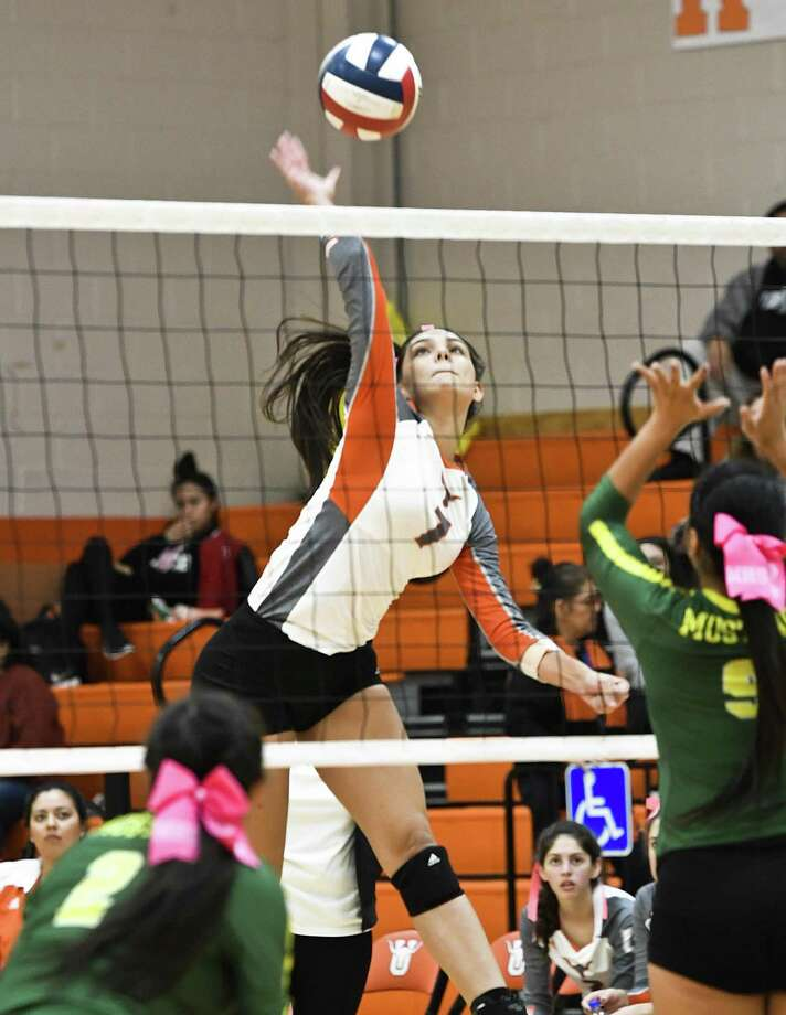 Violetta Guerrero and United have a 1 p.m. game at United South Saturday before hosting Alexander Tuesday to close out the regular season. Photo: Danny Zaragoza /Laredo Morning Times / Laredo Morning Times
