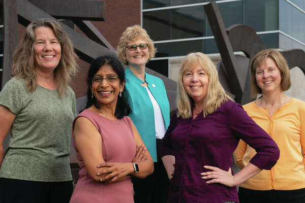 The NSF has funded a research project aimed at advancing flipped teaching in STEM education, under the direction of collaborators from SIUE and St. Louis Community College, including (front L-R) Chaya Gopalan, Sharon Locke, (back L-R) Georgia Bracey, Julie Fickas and Lynn Bartels.