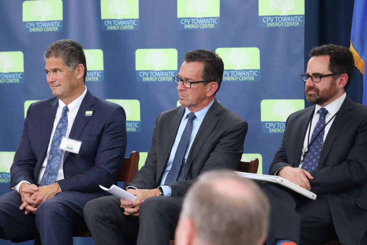 (Left to Right) Gary Lambert, CEO of CPV; Governor Daniel Malloy; Rob Klee, Department of Energy and Environmental Protection Commissioner.