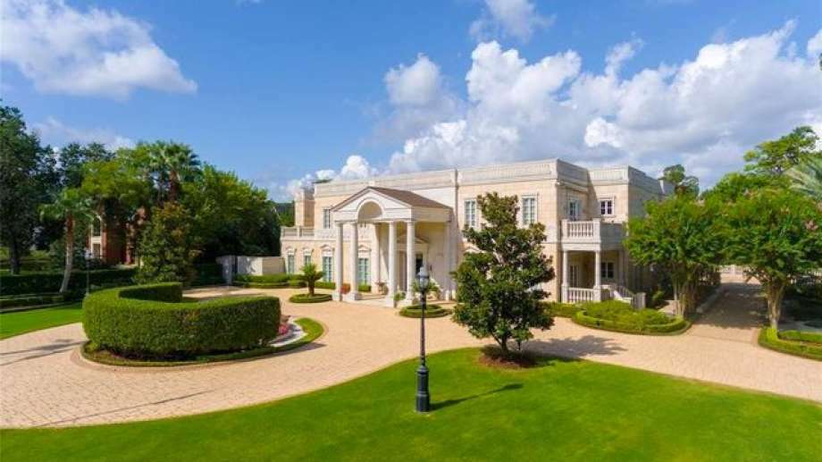 At $9 75M, America's Most Expensive Foreclosure Is a Massive