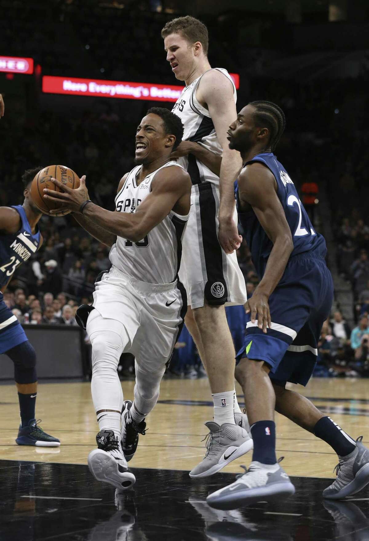 DeMar DeRozan, acquired this summer in the Kawhi Leonard trade, scored the final four points in the Spurs' 112-108 victory in Wednesday's season opener.