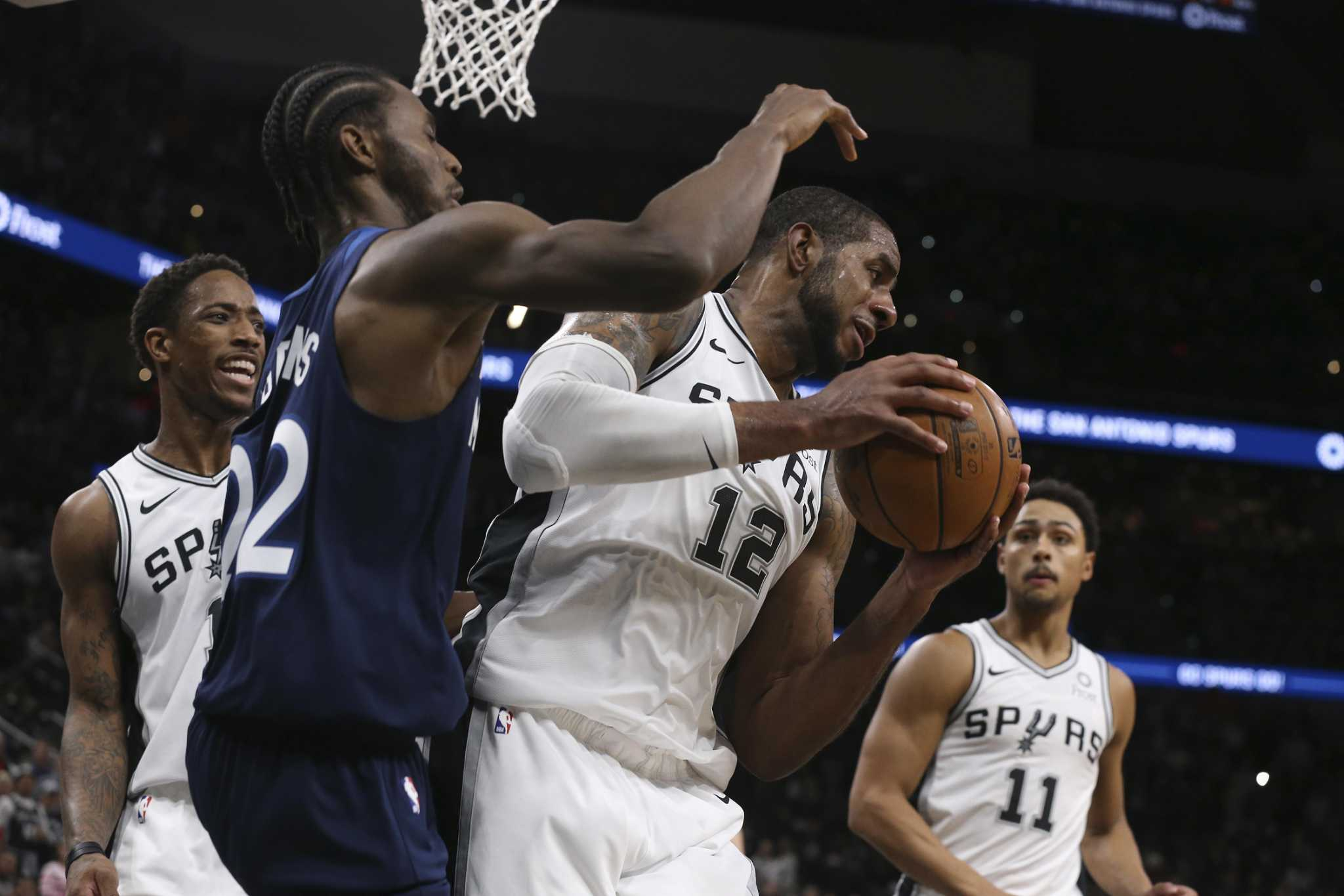 Aldridge 'horse' on boards for Spurs in win over Timberwolves