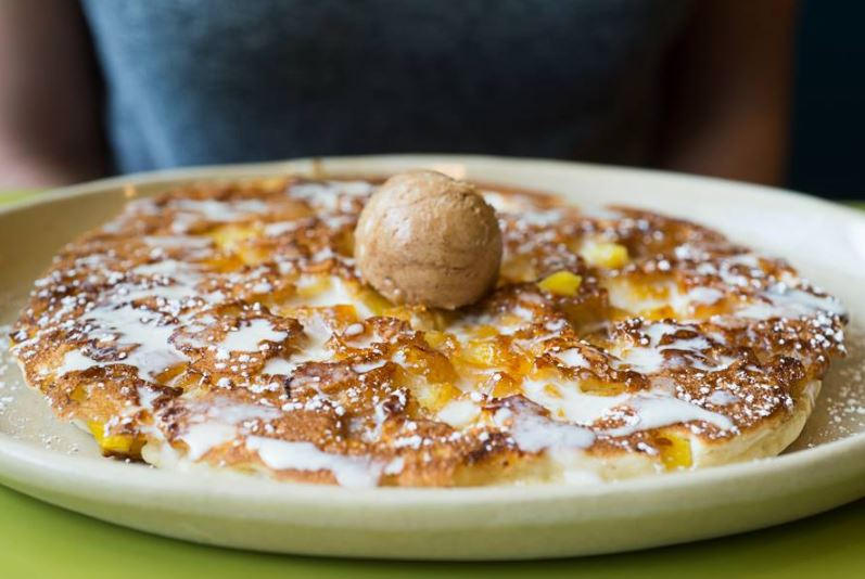 Happy holidays: Breakfast mecca 'Snooze an A.M. Eatery' opens in The Galleria be...