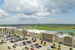 Fidelis Realty Partners purchased Victory Lakes Town Center, a370,000-square-footcenter at the northeast corner of Interstate 45 and FM 646 in League City, from InvenTrust Properties. Tenants includeJCPenney, Hobby Lobby, UTMB, Best Buy and many others.