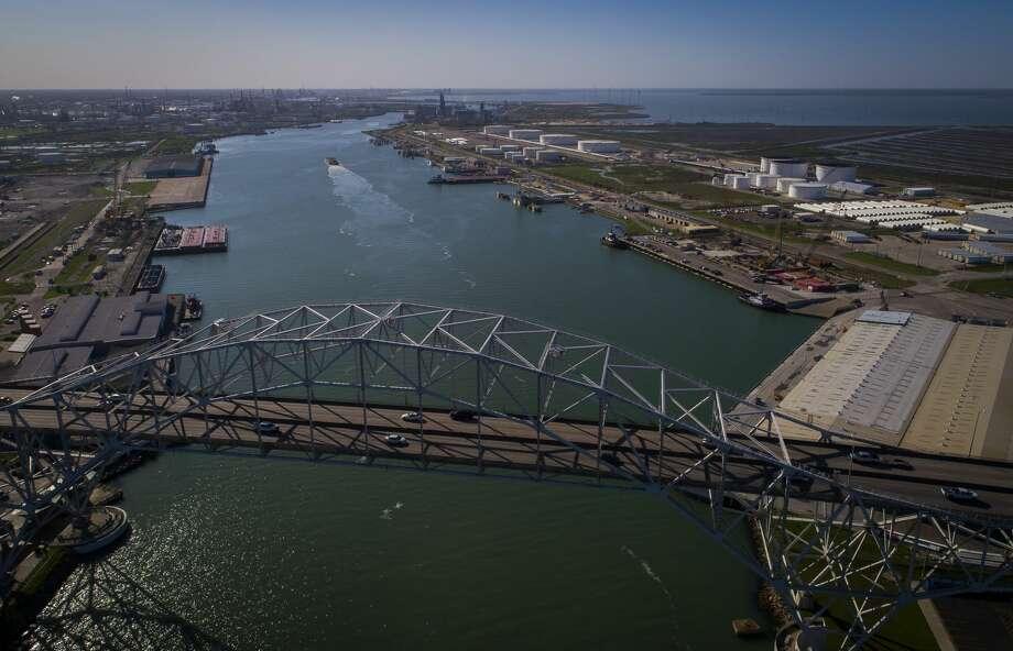 The Harbor Bridge crosses over the Port of Corpus Christi, Thursday, March 8, 2018, in Corpus Christi. ( Mark Mulligan / Houston Chronicle ) Photo: Mark Mulligan/Houston Chronicle