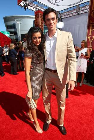LOS ANGELES, CA - JULY 14:  Actress Noureen DeWulf and NHL goalie Ryan Miller arrive at the 2010 ESPY Awards at Nokia Theatre L.A. Live on July 14, 2010 in Los Angeles, California.  (Photo by Alexandra Wyman/Getty Images) *** Local Caption *** Noureen DeWulf;Ryan Miller Photo: Alexandra Wyman, Getty Images / 2010 Getty Images