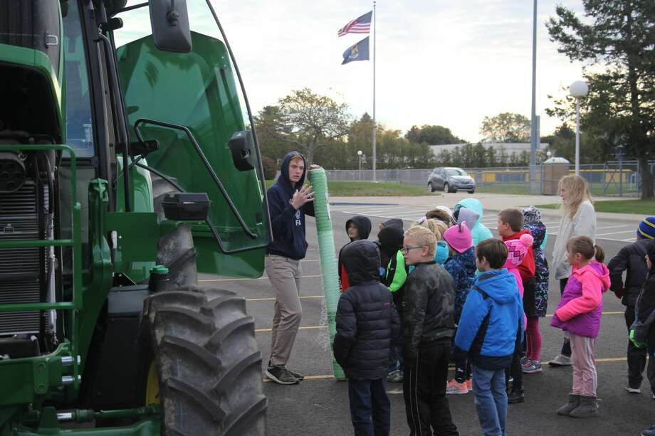 Bad Axe Elementary students enjoyed a Down on the Farm Day, Friday morning. Photo: Seth Stapleton/Huron Daily Tribune