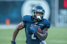 Austin Walter ran for 83 yards and two touchdowns in the Rice Owls' 31-28 victory over the Prairie View A& on August 25, 2018