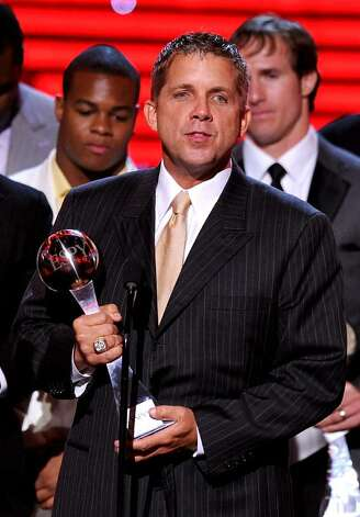 LOS ANGELES, CA - JULY 14:  New Orleans Saints head coach Sean Payton accepts the ESPY Award for best team onstage during the 2010 ESPY Awards at Nokia Theatre L.A. Live on July 14, 2010 in Los Angeles, California.  (Photo by Kevin Winter/Getty Images) *** Local Caption *** Sean Payton Photo: Kevin Winter, Getty Images / 2010 Getty Images