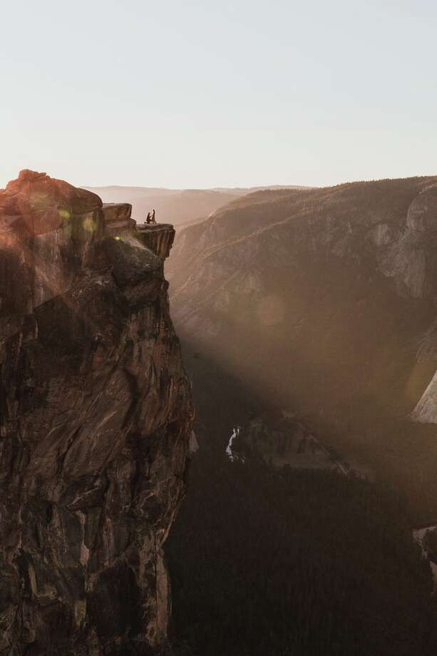 Do you recognize this couple? Michigan-based photographer Matthew Dippel took this image of an engagement at Taft Point in Yosemite National Park on October 6, 2018. Photo: Matthew Dippel