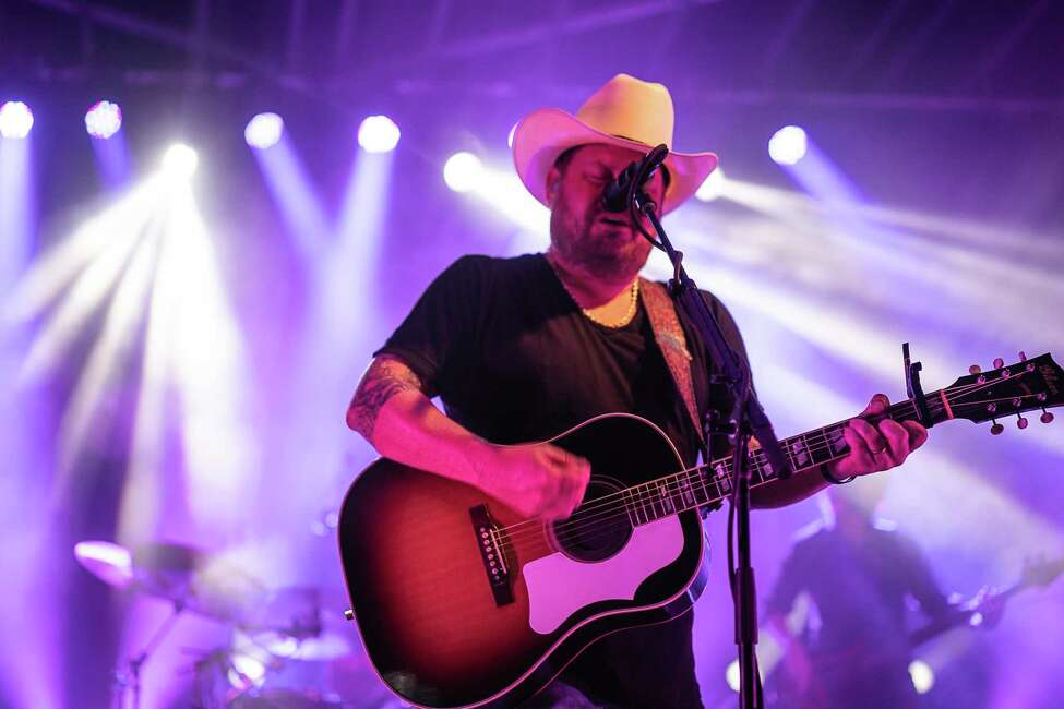 Dec. 29: Randy Rogers Band Live at Cowboy's Dancehall