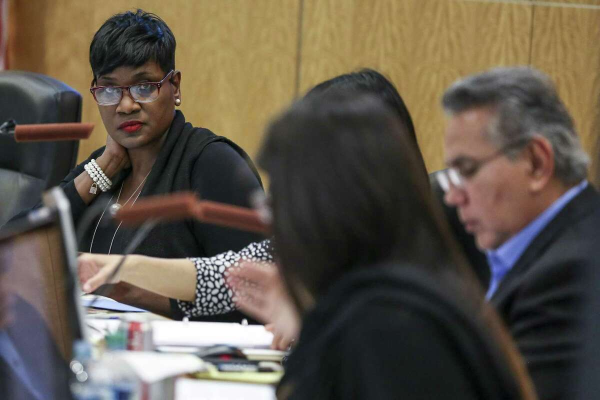 In this April 2018 file photo, Houston ISD Trustee Wanda Adams, left, listens during an agenda review meeting Monday. (Michael Ciaglo / Houston Chronicle)