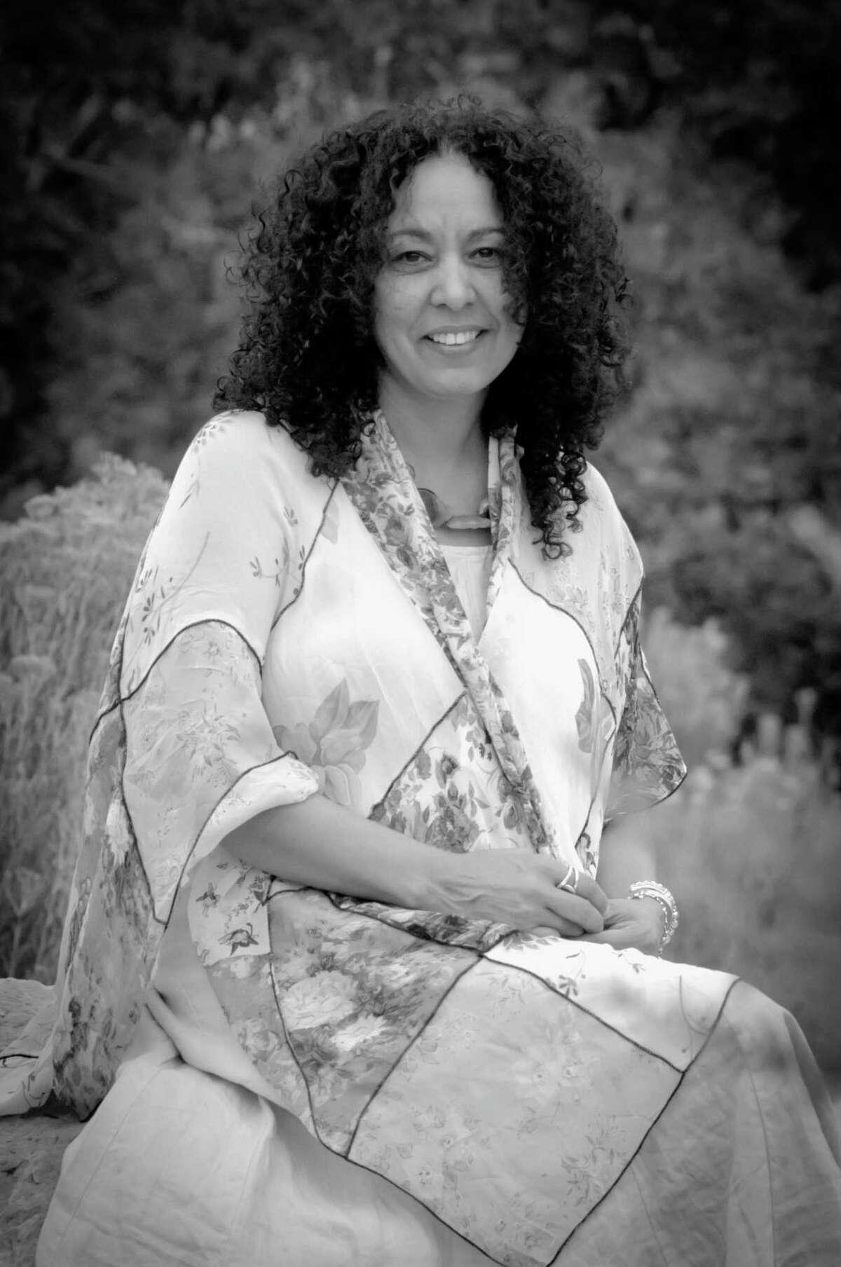 Dr. Marianela Medrano.
