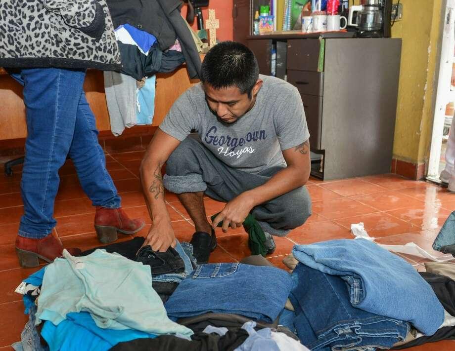 Los inmigrantes buscan asilo político en Estados Unidos y están a la espera de ser atendidos. Photo: Foto De Cortesía /Gobierno Municipal De Nuevo Laredo