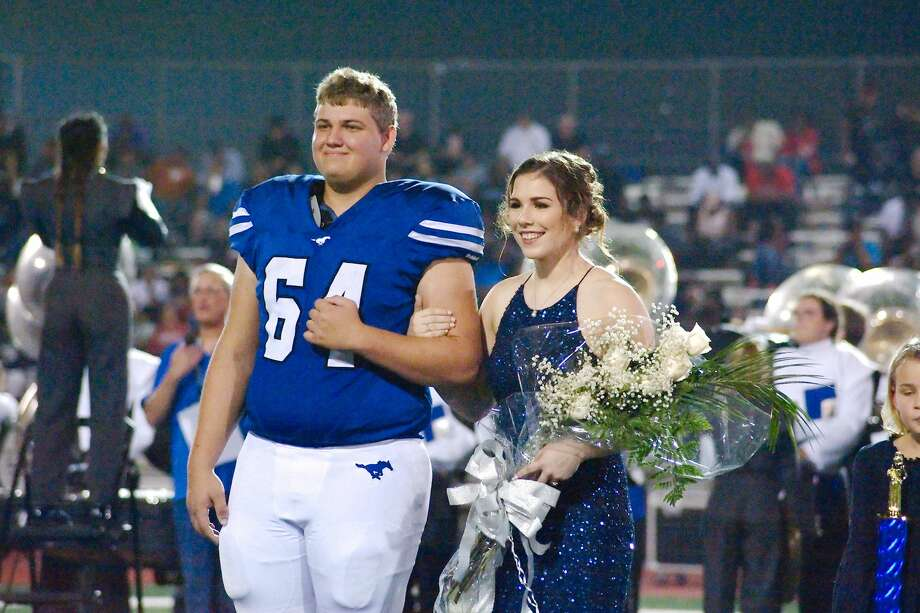 Friendswood celebrated homecoming during the game against Shadow Creek Friday, Oct. 19. Photo: Kirk Sides/Houston Chronicle
