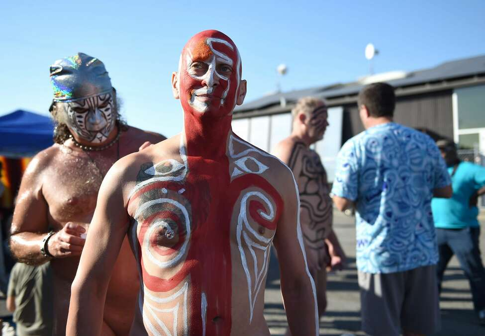 Nude body painting takes over San Franciscos urban