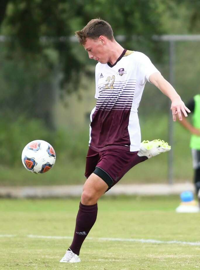 Ruben Nielsen and TAMIU travel to St. George, Utah this weekend and face Westminster College at 6 p.m. Friday at Trailblazer Stadium. Photo: Danny Zaragoza /Laredo Morning Times File / Laredo Morning Times