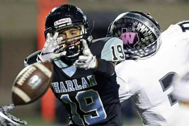 Harlan receiver Anthony Zamora sees a long pass escape his grip as Harlan hosts Eagle Pass Winn at Farris Stadium on October 20, 2018.
