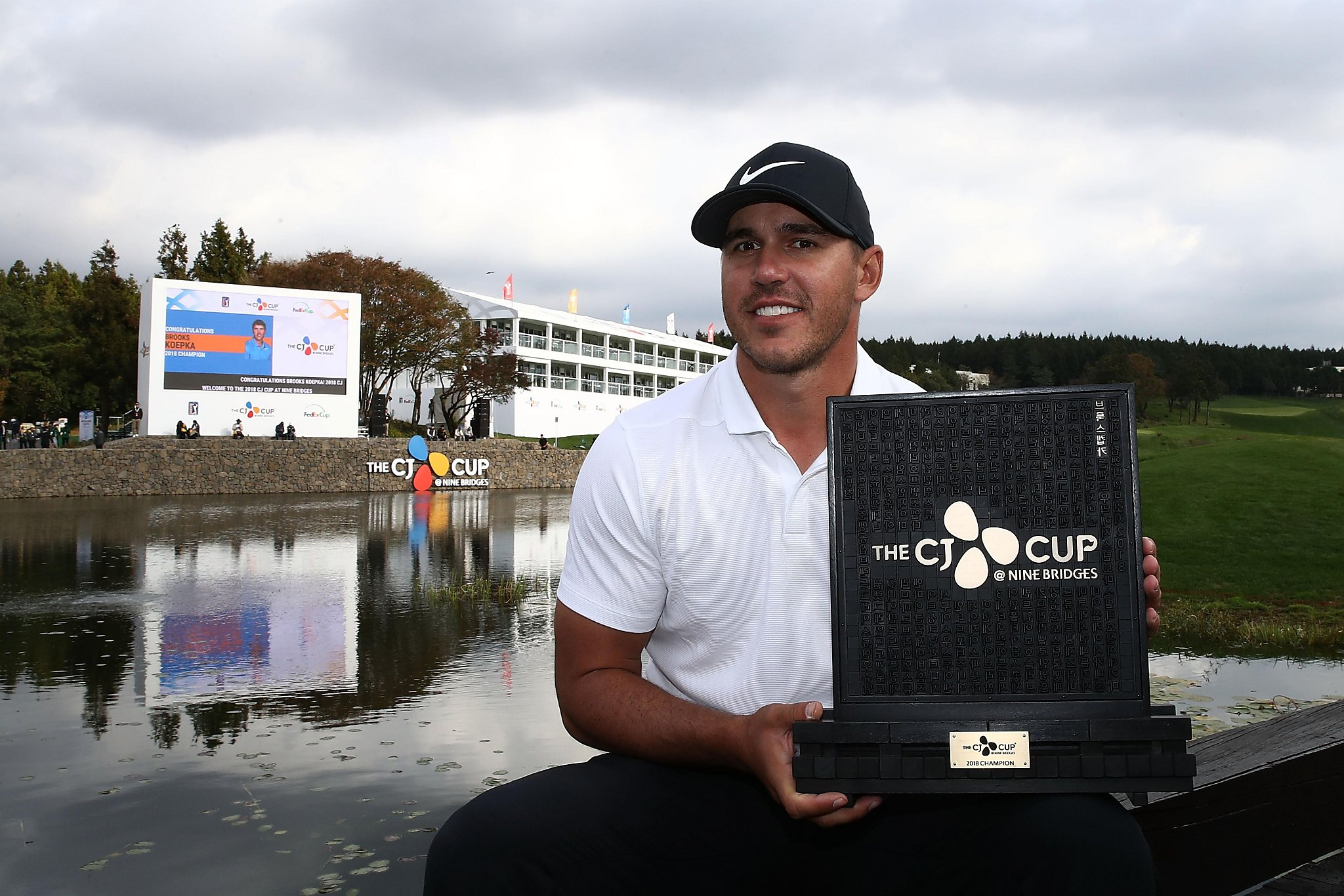 Brooks Koepka has golf's top ranking with win in South Korea