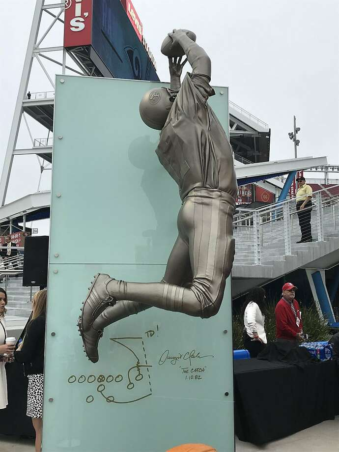 Statue of Dwight Clark Photo: Eric Branch
