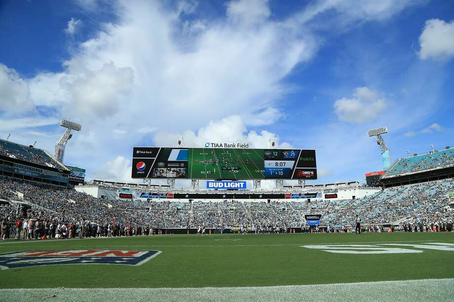 PHOTOS: A Look At The Action Inside The Stadium Where The Texans Beat The  Jaguars