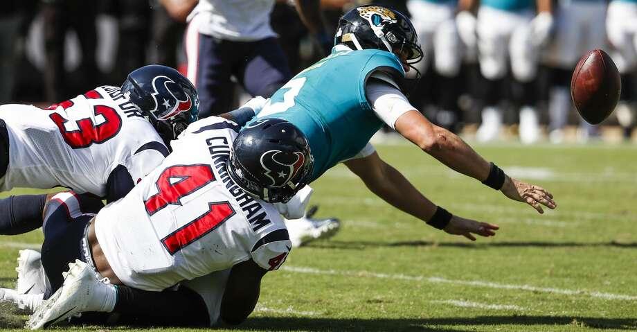 PHOTOS: Texans Vs. Jaguars Houston Texans Linebackers Zach Cunningham (41)  And Duke