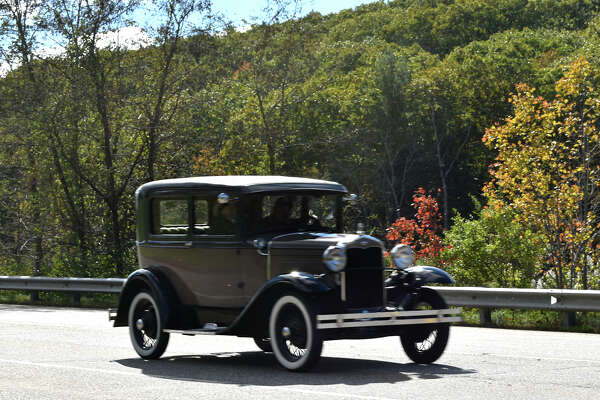 The 6th Annual CJR 2018 Automobile show was held on Sunday, October 21st from 10-3. Face Painting, hayrides, goodies for sale and beautiful antique and vintage autos covered the grounds on a gorgeous sunny autumn day.