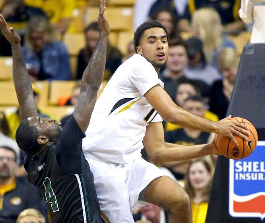 Mizzou sophomore Jontay Porter, right, tore the ACL and MCL in his right knee Sunday in a scrimmage against SIU Carbondale and will miss the season. He is shown in action last season. Photo: Mizzou Athletics