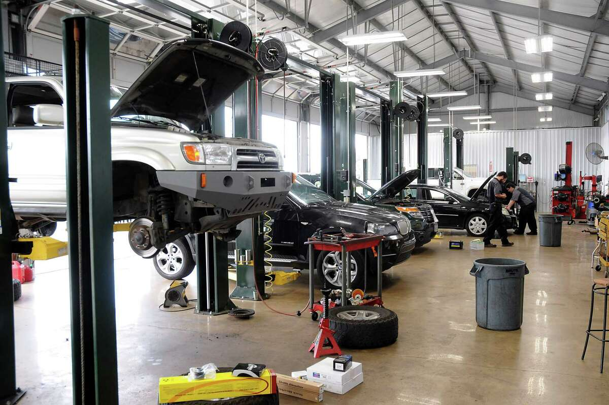 Louetta Automotive at 16616 House Hahl Rd. In Cypress Wednesday Aug. 29, 2018.(Dave Rossman photo)