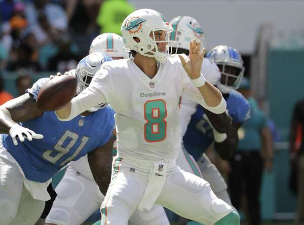 286210cd4 Dolphins quarterback Brock Osweiler has played well in his two previous  games and will make another start Thursday against the Texans.