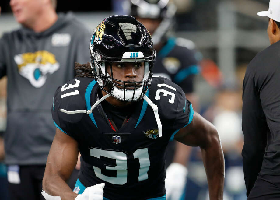 Jacksonville Jaguars running back Jamaal Charles (31) warms up before an NFL football game against the Dallas Cowboys in Arlington, Texas, Sunday, Oct. 14, 2018. (AP Photo/Jim Cowsert) Photo: AP Photo